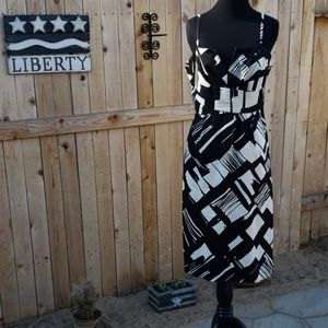 Stylish black and white Donna Ricco NY dress